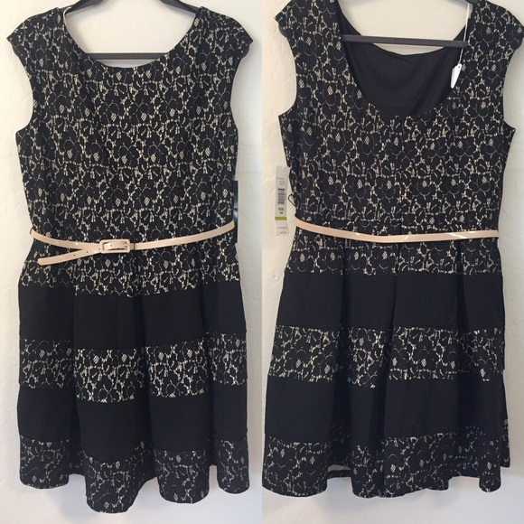 Tiana B. Dresses & Skirts - Tiana B. Black & Cream Lace Dress With Belt